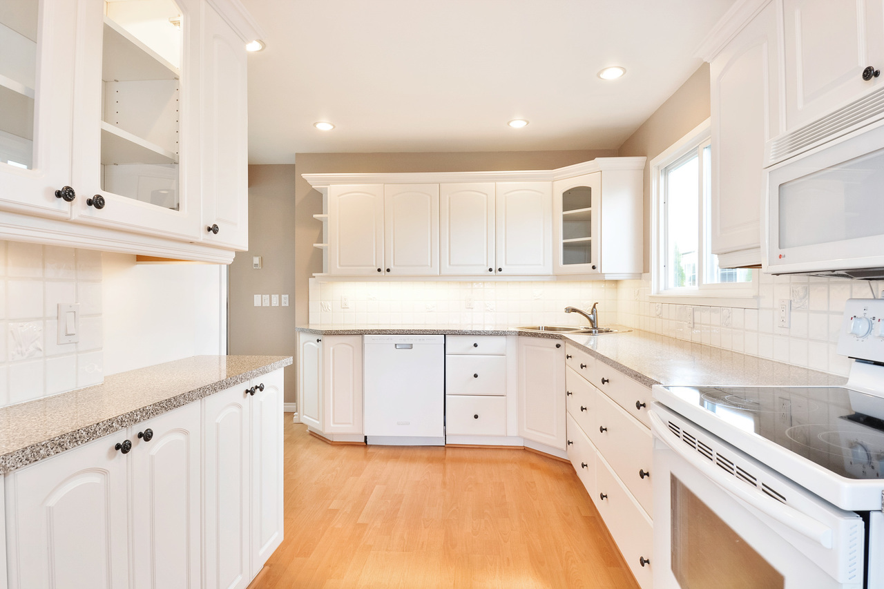 12 at 40 - 2120 King George Boulevard, King George Corridor, South Surrey White Rock