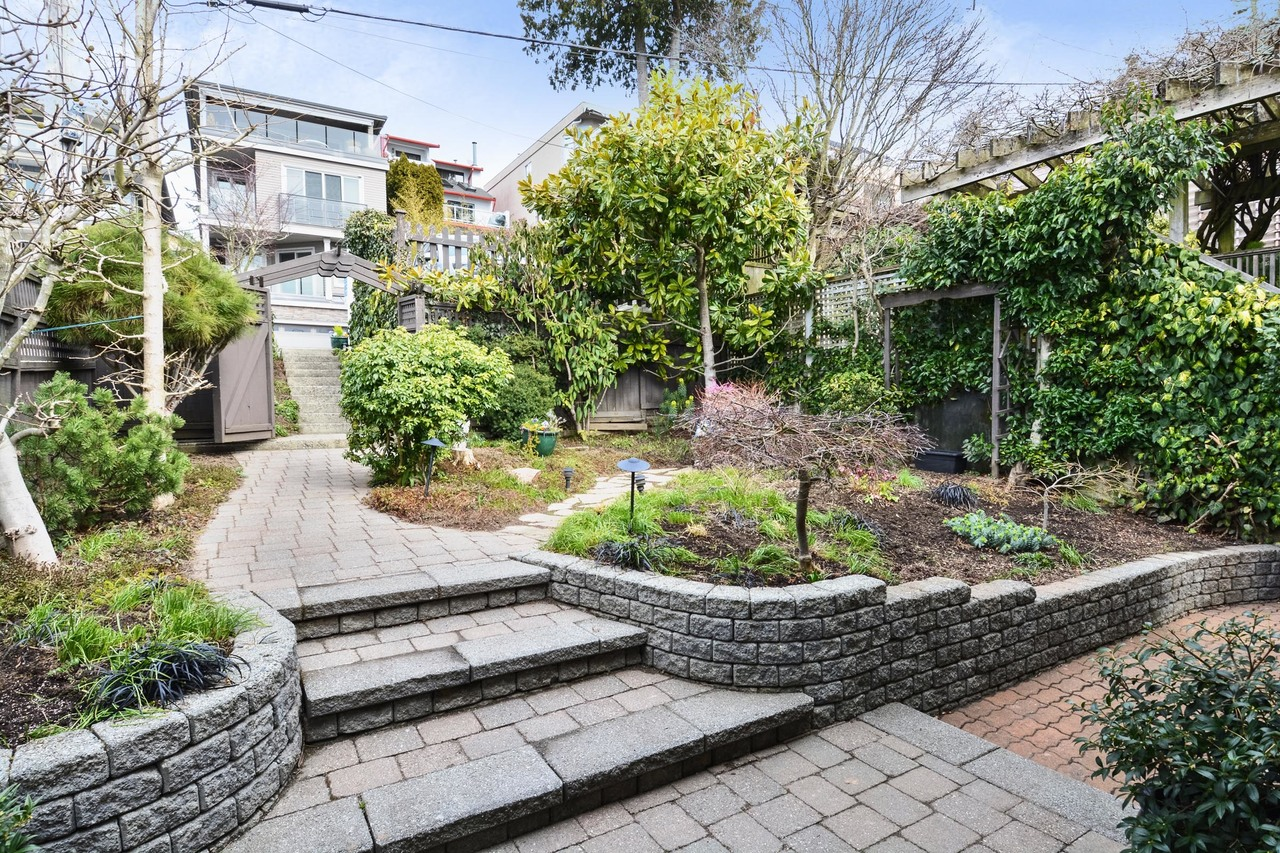 03 at 15062 Beachview Avenue, White Rock, South Surrey White Rock