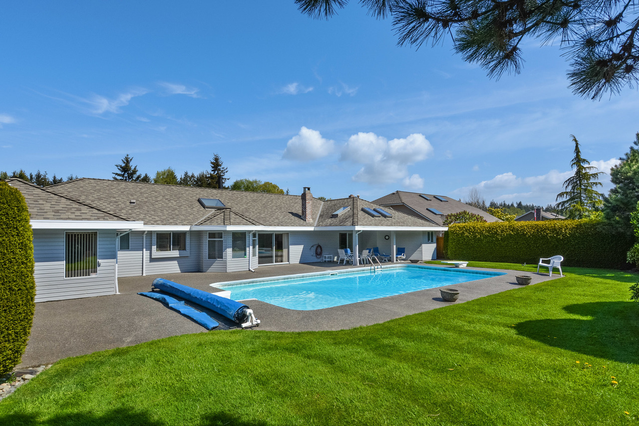 24x at 13964 19a Avenue, Crescent Bch Ocean Pk., South Surrey White Rock