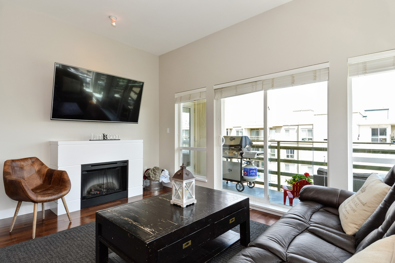 09 at 416 - 15765 Croydon Drive, Grandview Surrey, South Surrey White Rock