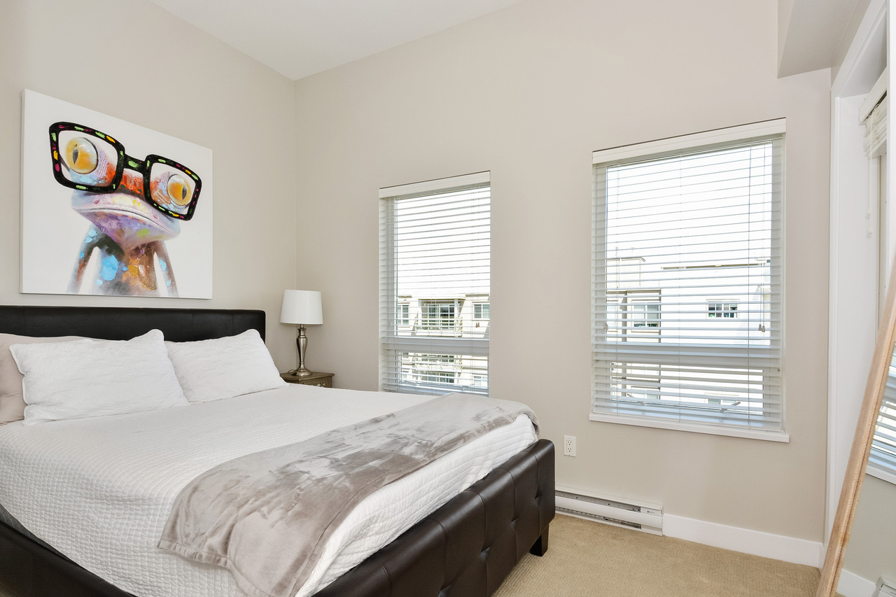 16 at 416 - 15765 Croydon Drive, Grandview Surrey, South Surrey White Rock