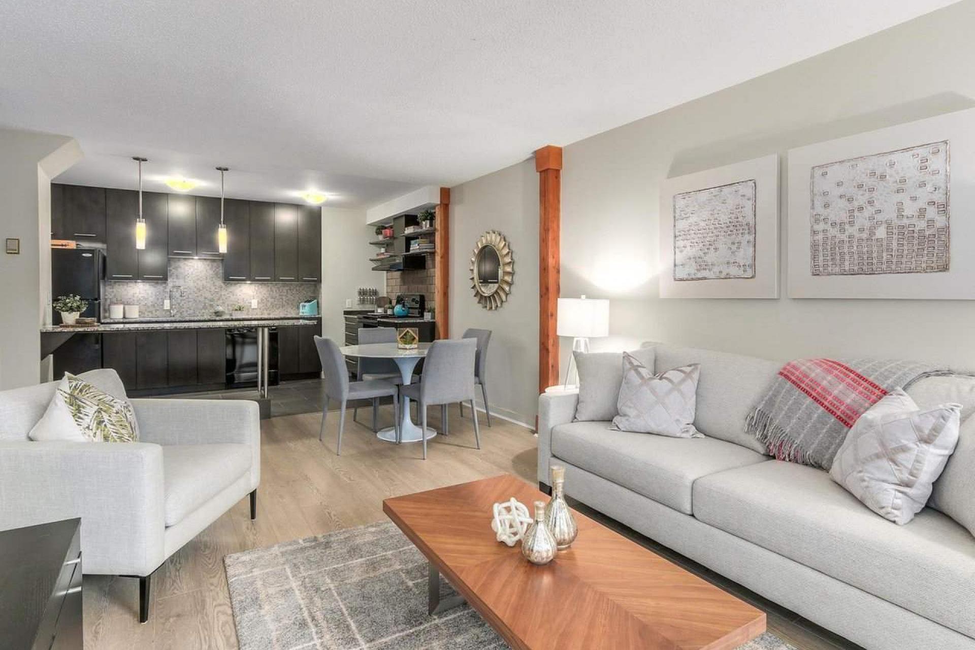 212 - 330 E 7th Avenue, Mount Pleasant VE, Vancouver East