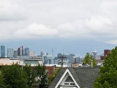 121f43e0fd2a6c725f8e4ddbdadbde3bab4f3f70 at 5 - 224 E 12th Avenue, Mount Pleasant VE, Vancouver East