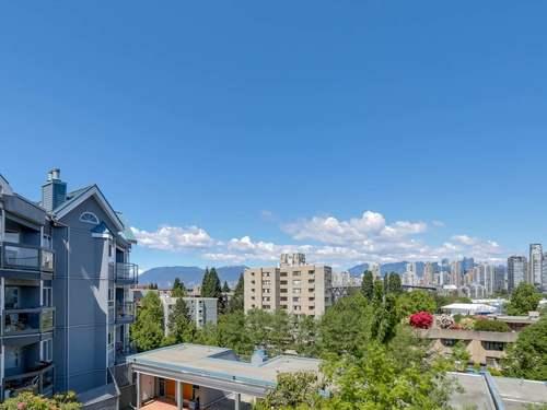 da49c8edc199069a5de617d731a6f0cf5ff2bcd9 at 302 - 1355 W 4th Avenue, False Creek, Vancouver West