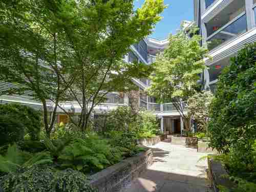 f3e7437c48156855c76bd45681cc876e2f536b0c at 302 - 1355 W 4th Avenue, False Creek, Vancouver West