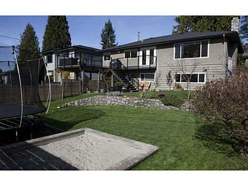 66f59f93ec751a260928b89d7a7b8f6c98b090a4 at 329 E 26th Street, Upper Lonsdale, North Vancouver