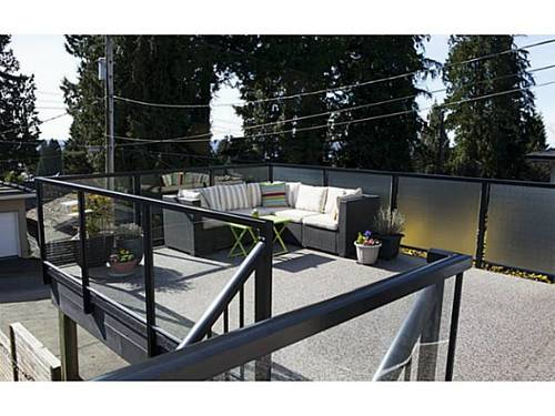 7b262375dcf87544f292d72c6748997098f0276e at 329 E 26th Street, Upper Lonsdale, North Vancouver