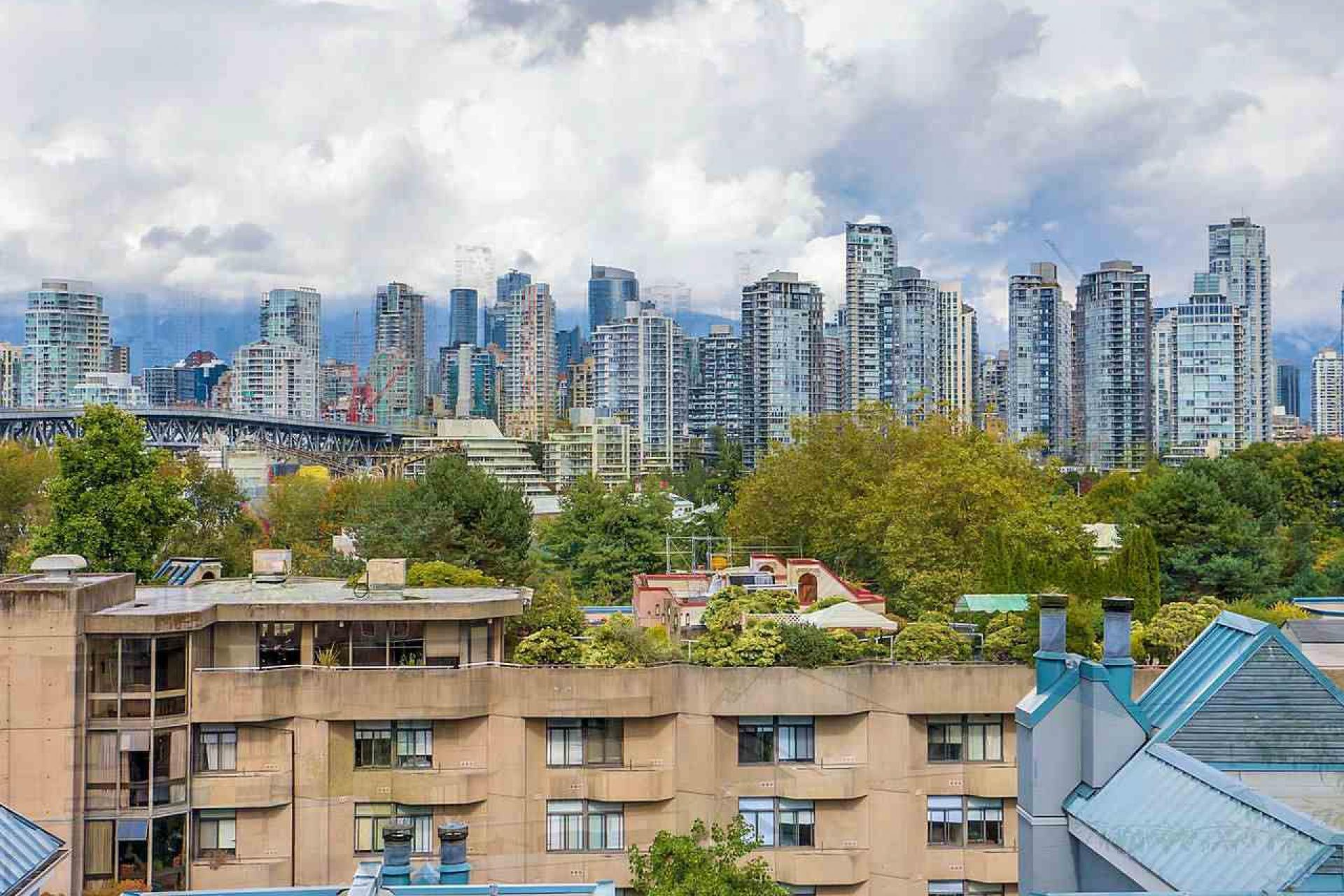 307 - 1355 W 4th Avenue, False Creek, Vancouver West