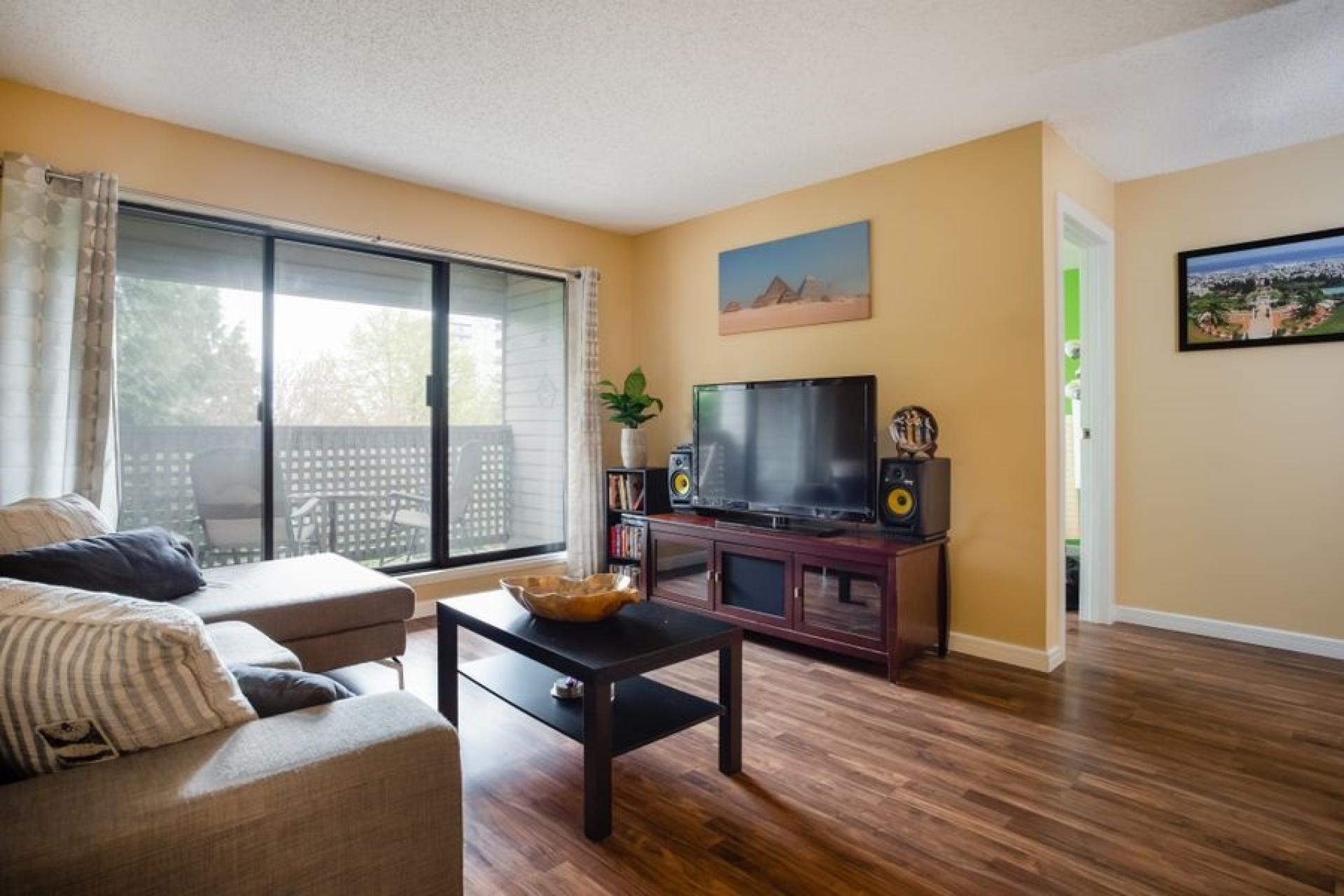 208 - 423 Agnes, Downtown NW, New Westminster