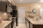 kitchen-2 at 114 - 33546 Holland Avenue, Central Abbotsford, Abbotsford