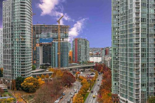 1 at 1404 - 238 Alvin Narod Mews, Yaletown, Vancouver West
