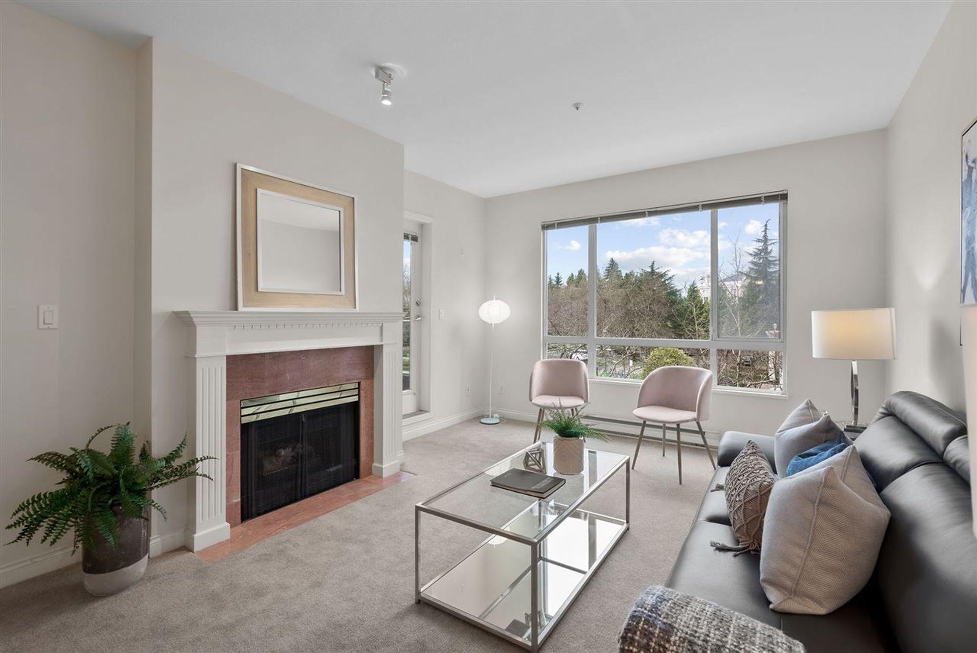218 - 5735 Hampton Place, University VW, Vancouver West
