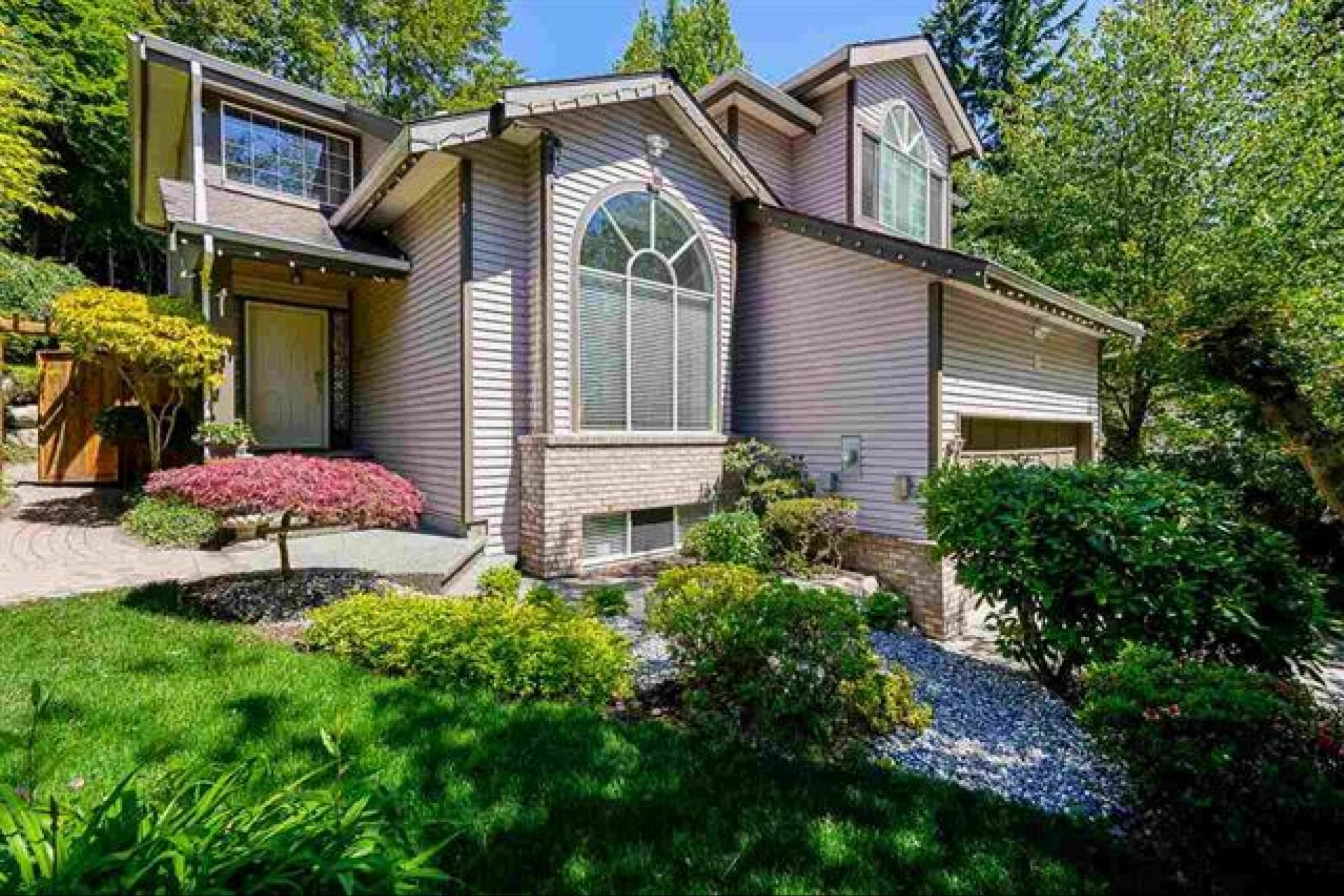 112 Parkside Drive, Heritage Mountain, Port Moody