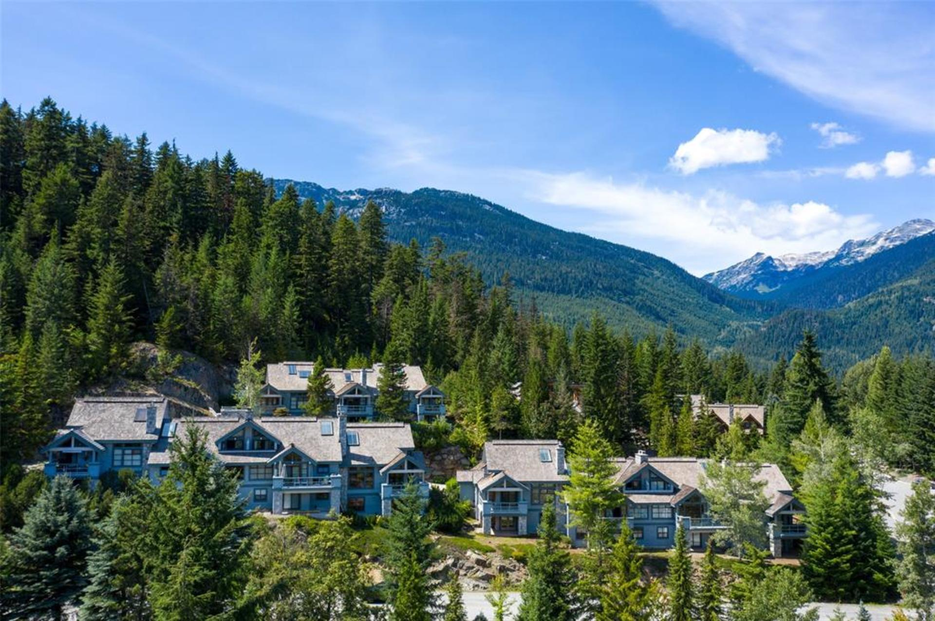 3502 Falcon Crescent, Blueberry Hill, Whistler