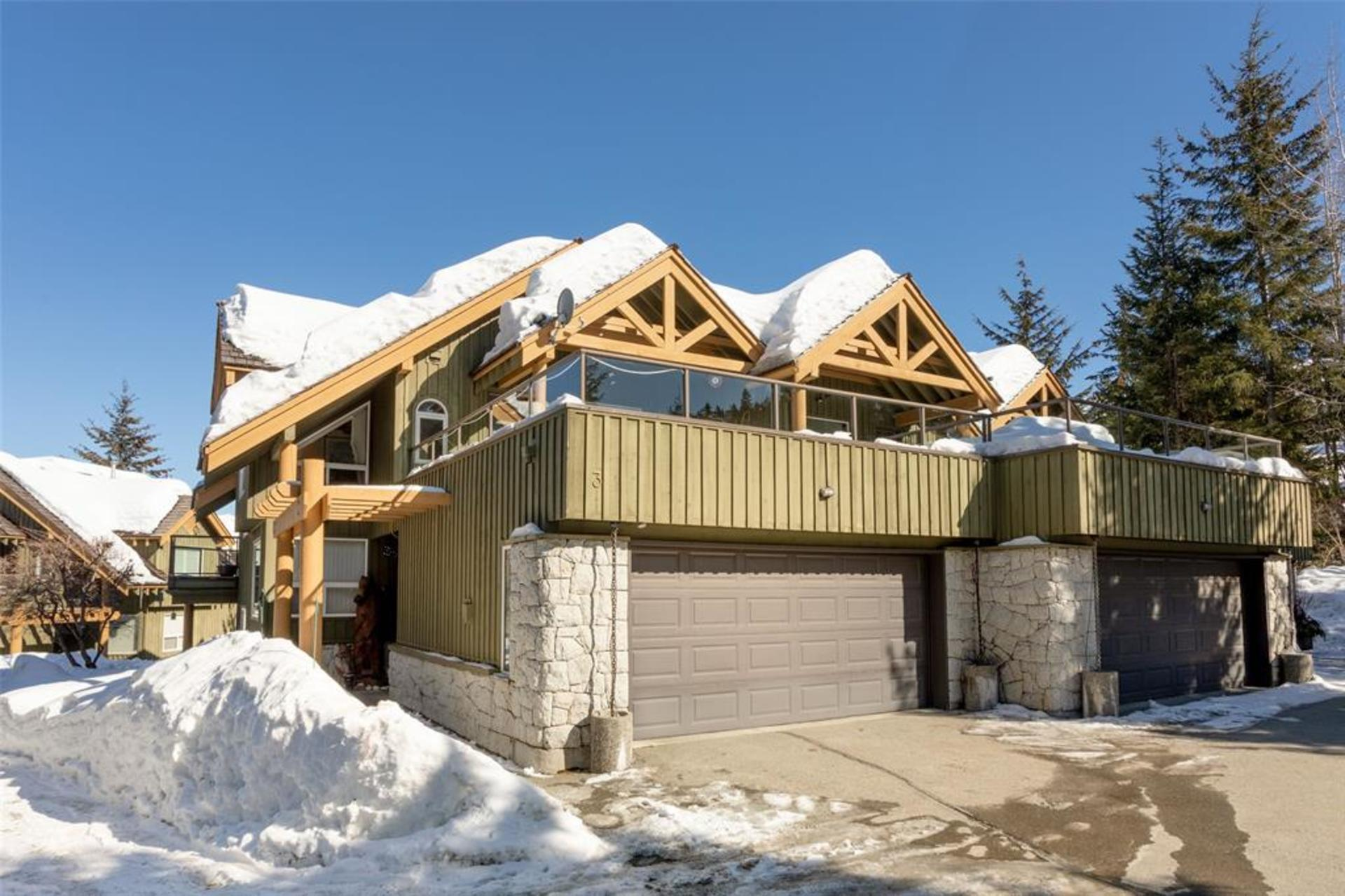 3554 Falcon Crescent, Blueberry Hill, Whistler