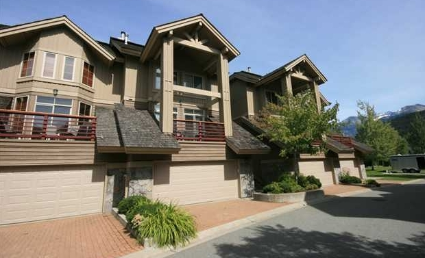 8030 North Nicklaus Boulevard, Green Lake Estates, Whistler
