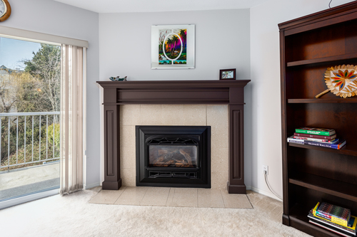 232-5641-201st-langley-360hometours-08 at