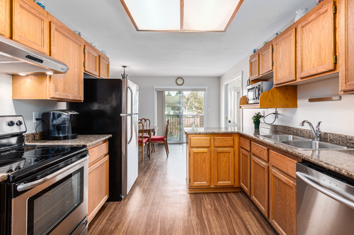 232-5641-201st-langley-360hometours-10 at