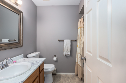 232-5641-201st-langley-360hometours-22 at