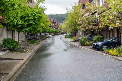 2000-panorama-drive-heritage-woods-pm-port-moody-30 at