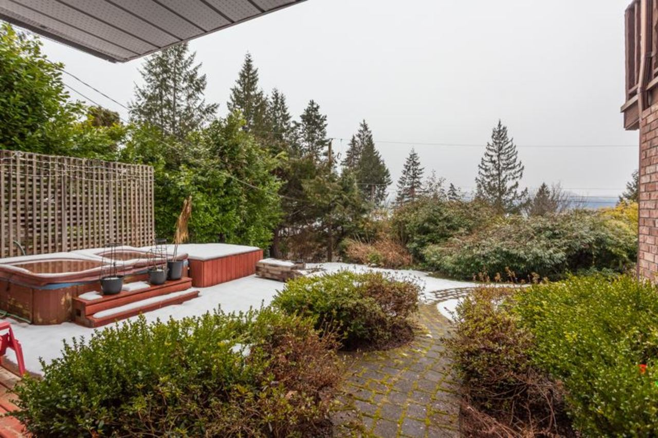 13.jpg at 255 Oceanview, Lions Bay, West Vancouver