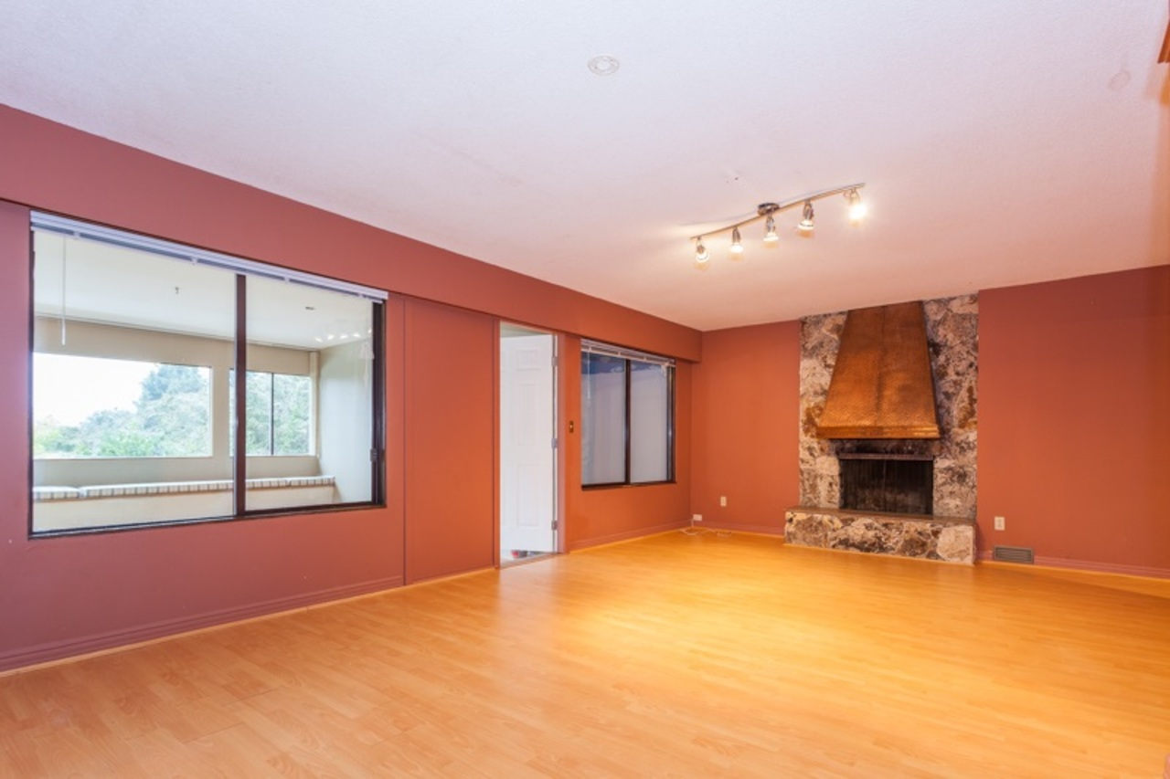 17.jpg at 255 Oceanview, Lions Bay, West Vancouver