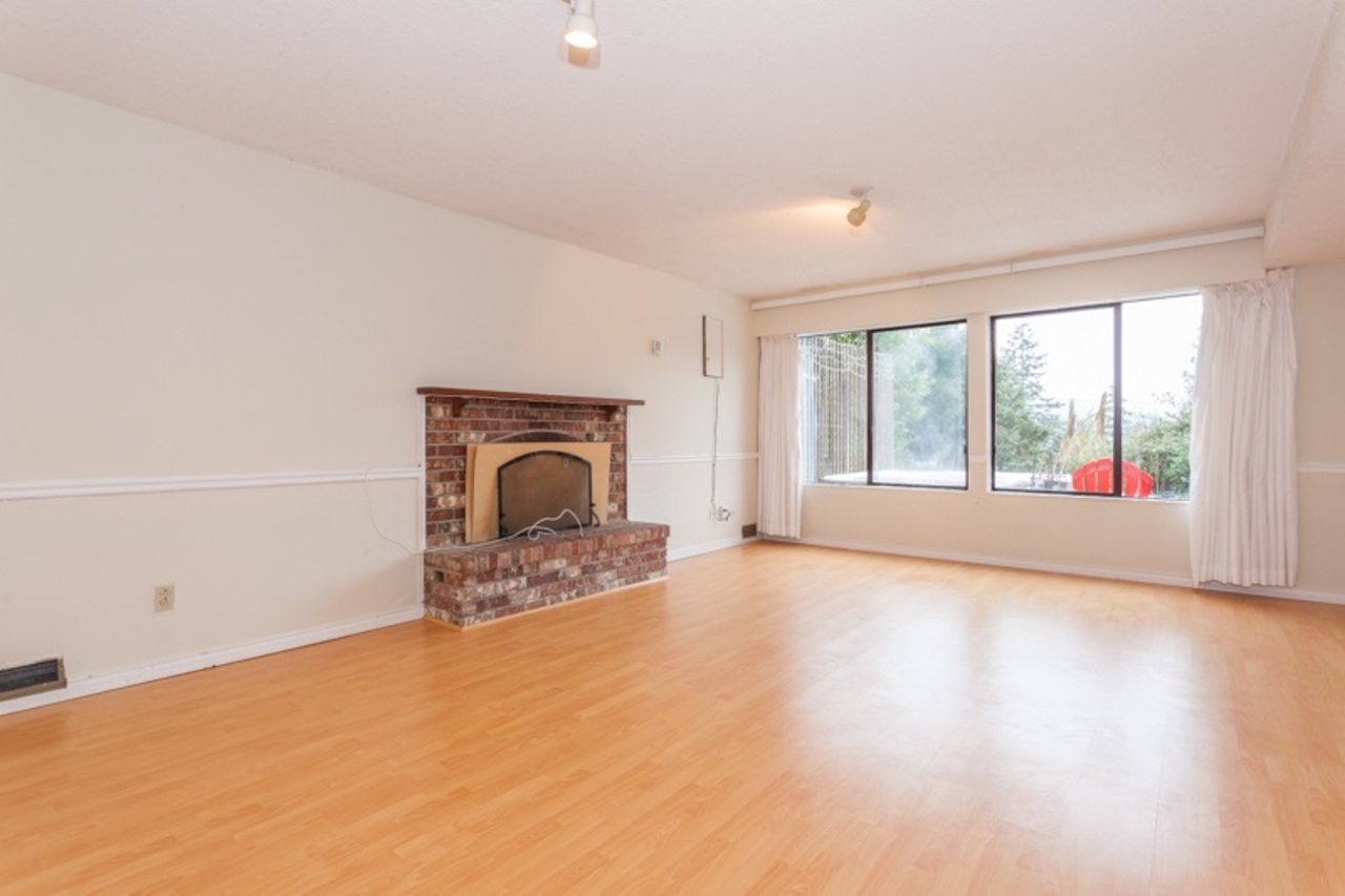 18.jpg at 255 Oceanview, Lions Bay, West Vancouver