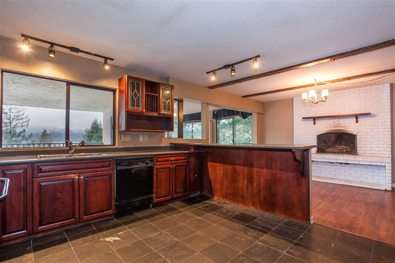 4.jpg at 255 Oceanview, Lions Bay, West Vancouver