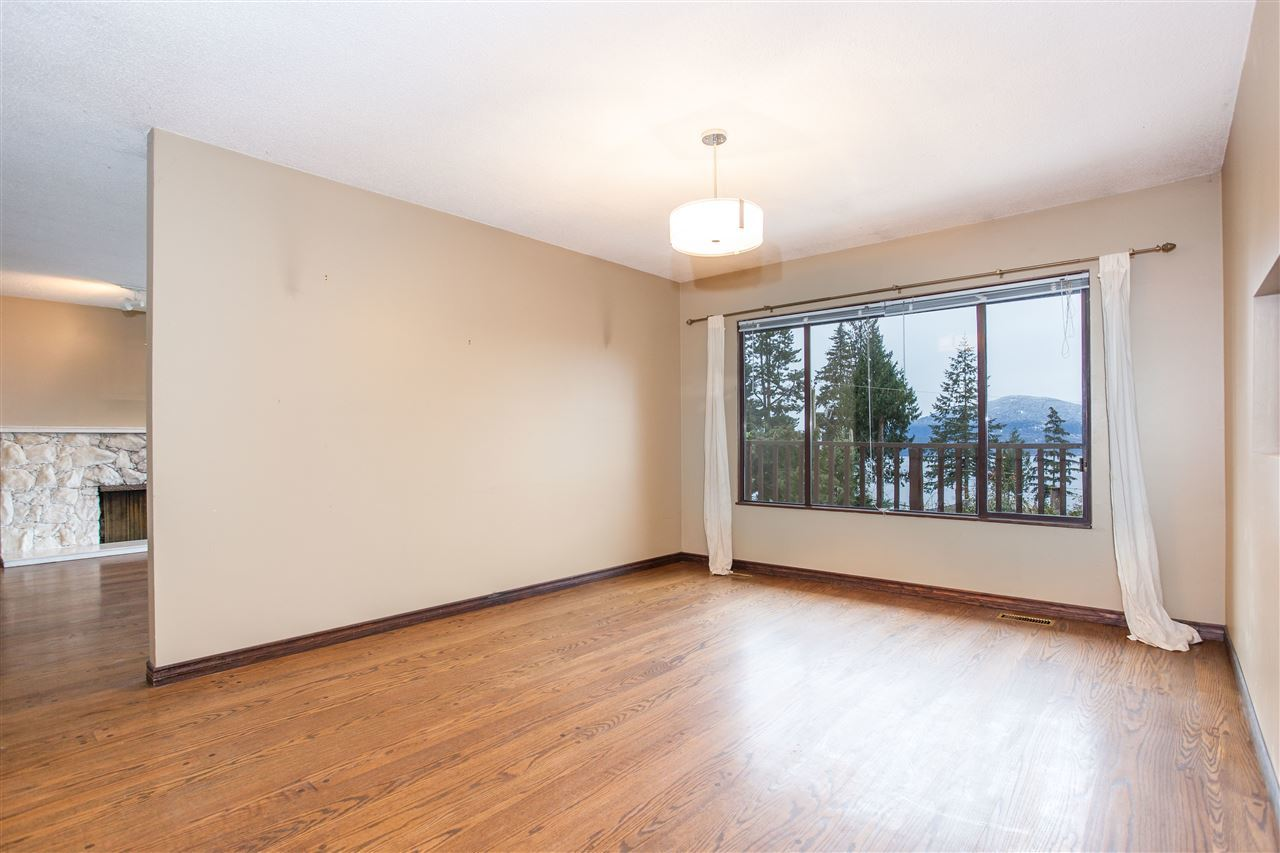 8.jpg at 255 Oceanview, Lions Bay, West Vancouver