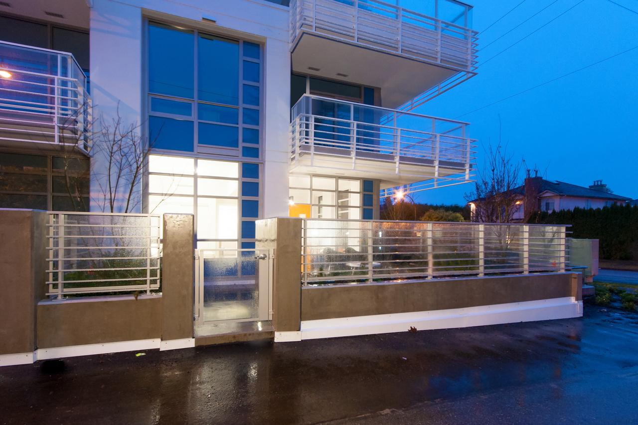 012 at 105 - 677 W 41st Avenue, Oakridge VW, Vancouver West
