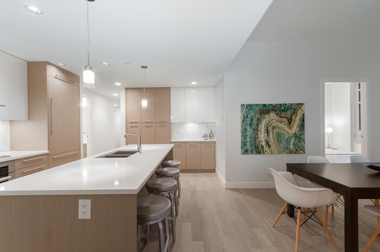 019 at 105 - 677 W 41st Avenue, Oakridge VW, Vancouver West