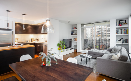 08 at 1305 - 1055 Homer Street, Yaletown, Vancouver West