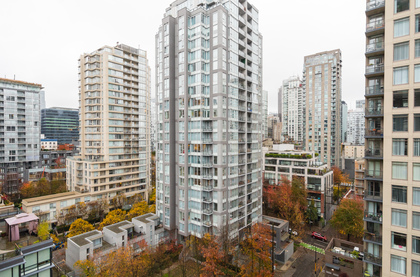 26 at 1305 - 1055 Homer Street, Yaletown, Vancouver West