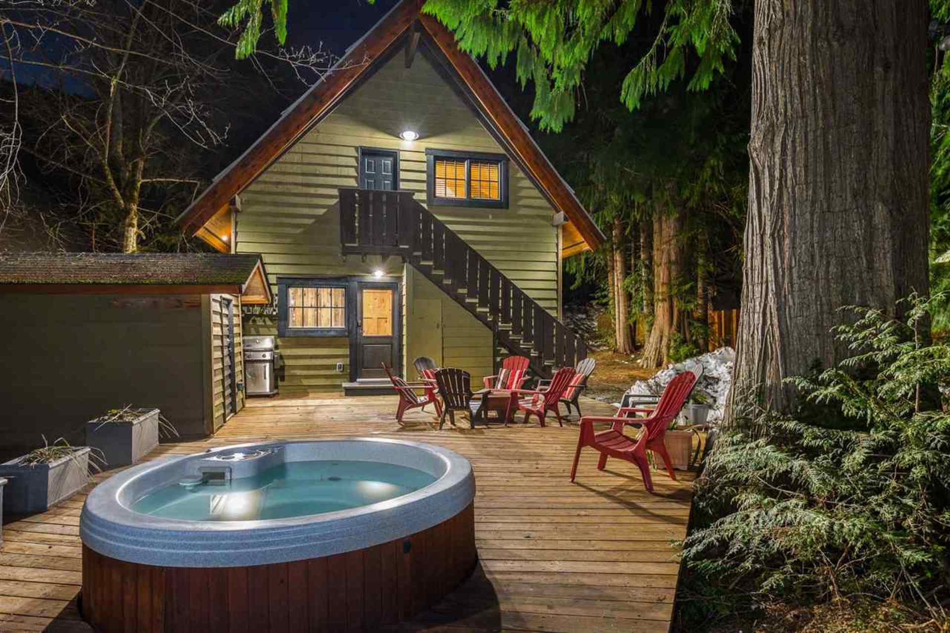 Hot Tub at 8232 Rainbow Drive, Alpine Meadows, Whistler