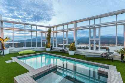 Rooftop Pool and Hotub at PH3801 - 1211 Melville Street, Coal Harbour, Vancouver West