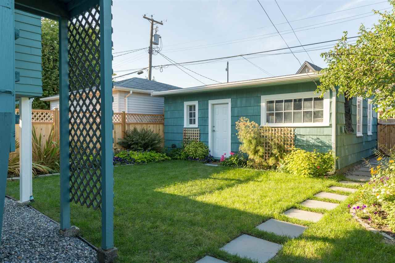 4131-pandora-street-vancouver-heights-burnaby-north-19.jpg