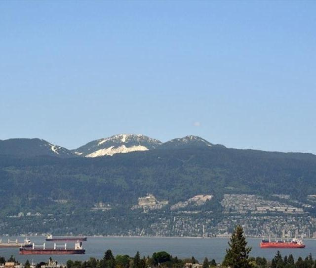 405 - 3595 West 18th Avenue, Dunbar, Vancouver West 4