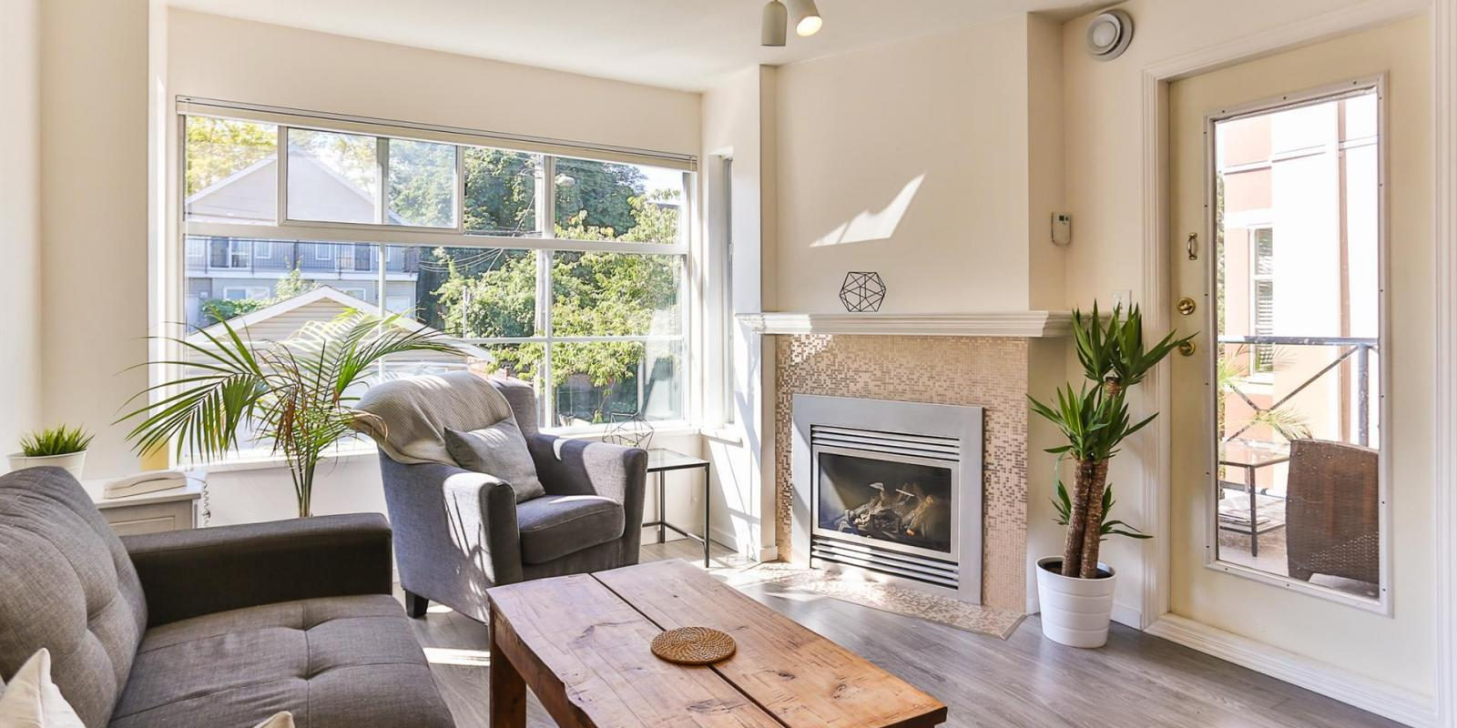 302 - 2388 Triumph Street, Hastings, Vancouver East