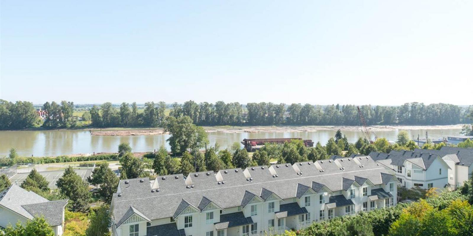 902 - 2763 Chandlery Place, Fraserview VE, Vancouver East