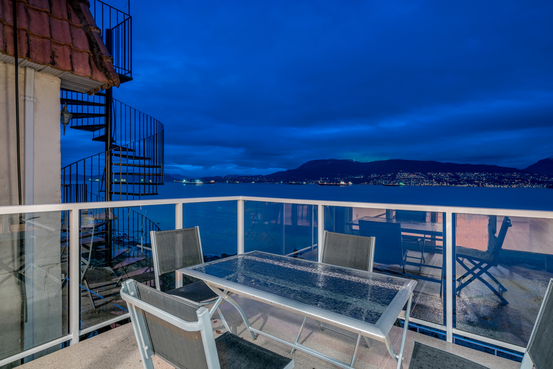 3157-point-grey-road-vancouver-360hometours-10s.jpg