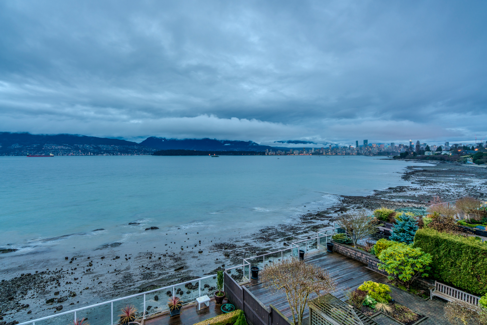 3157-point-grey-road-vancouver-360hometours-17s.jpg