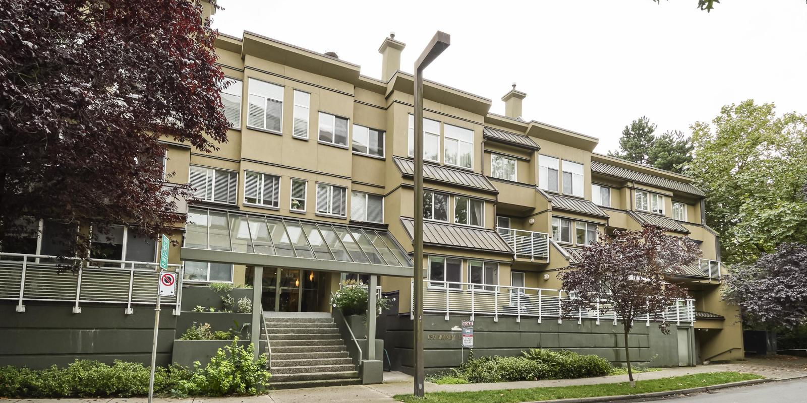 307 - 650 Moberly Road, False Creek, Vancouver West