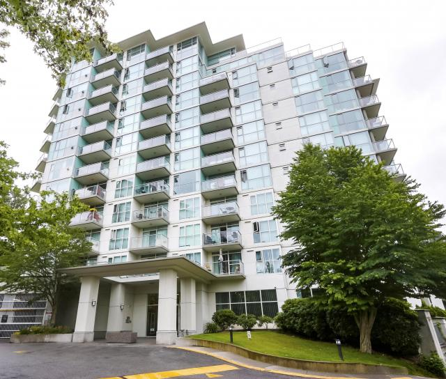 902 - 2763 Chandlery Place, South Marine, Vancouver East 4