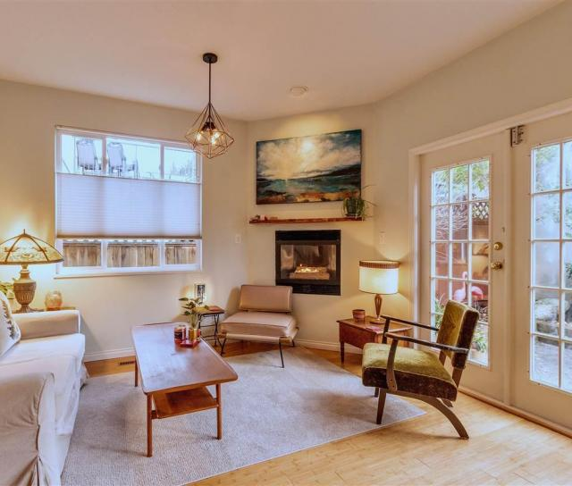1922 East 5th Avenue, Vancouver East 2