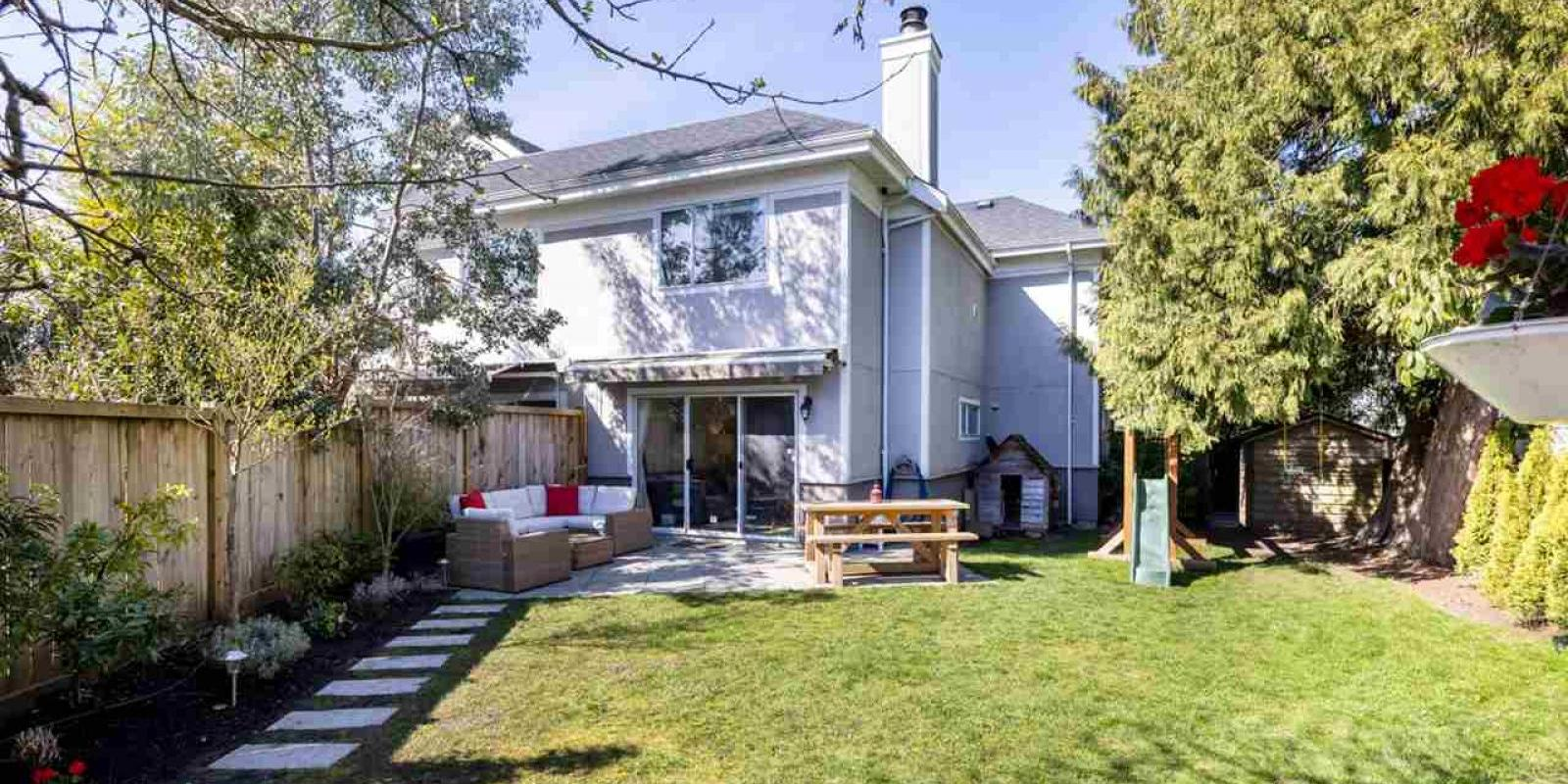 160 East 17th Avenue, Vancouver East
